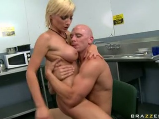 Lexi Swallow can not live out of powerful Rod scrubbing in wet pussy